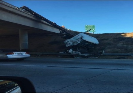 14-fwy-tractor-trailer-accident-3